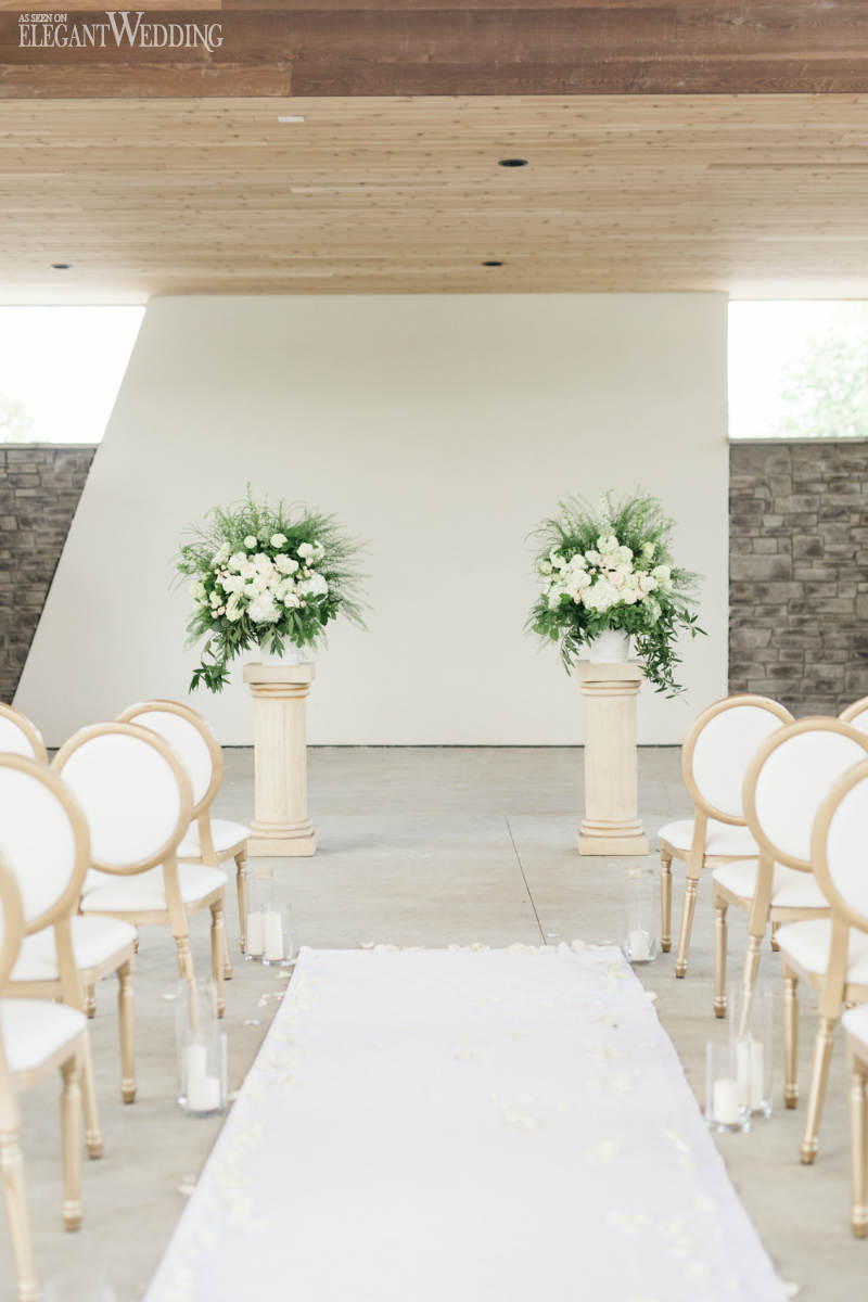 Stylish Greek Wedding Theme with Gold Decor | ElegantWedding.ca