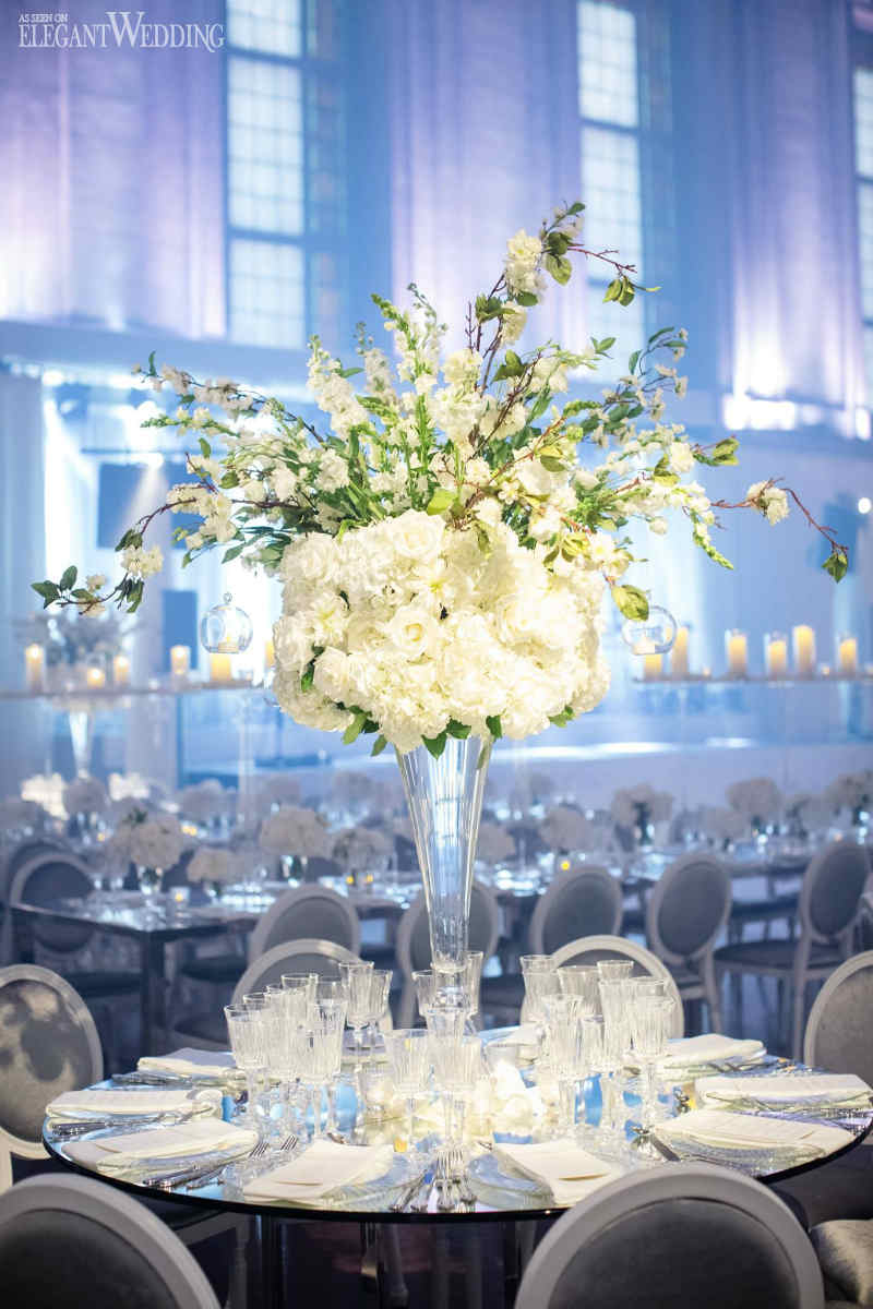 White Floral Centrepieces | Magnolia Photo Studio