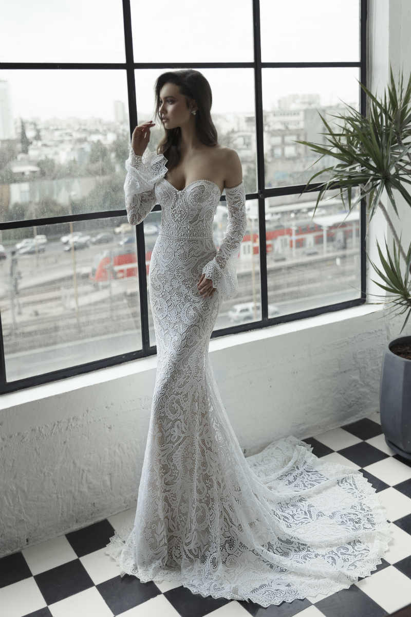 Sexy Off-the-Shoulder Wedding Dress