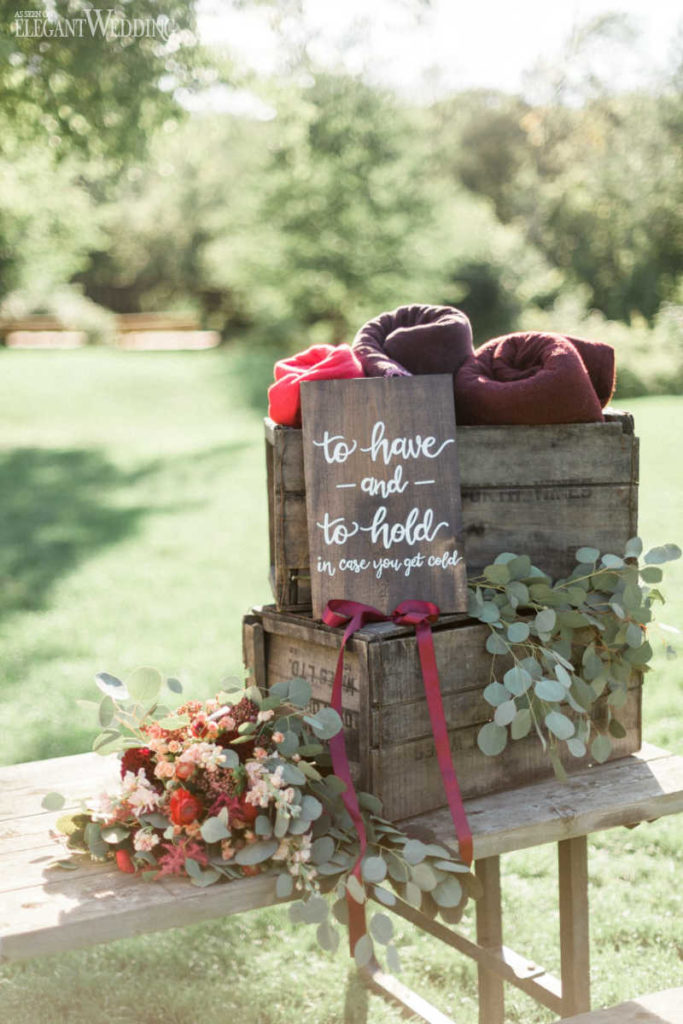 Rustic Wedding Sign Decor