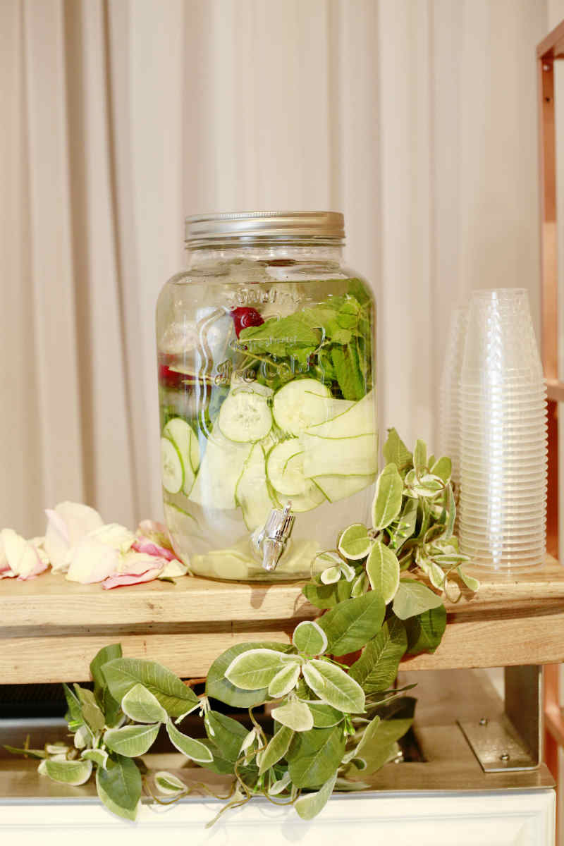 19 Drink Dispenser Ideas For Your Wedding Elegantwedding Ca