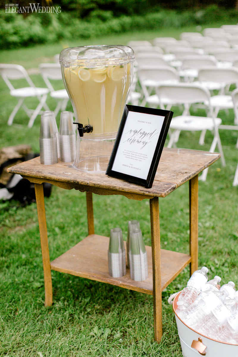 Vintage Wedding Lemonade Stand