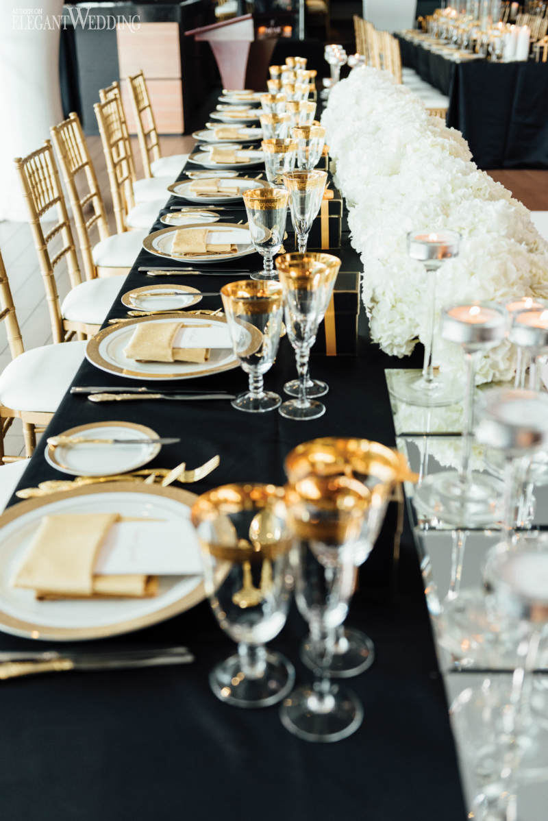 Black, White and Gold Wedding Table Setting