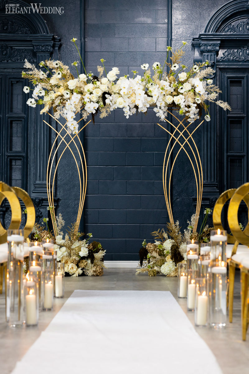 gold and navy wedding ceremony