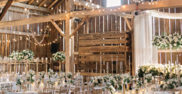barn wedding theme