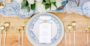 Chinoiserie table setting